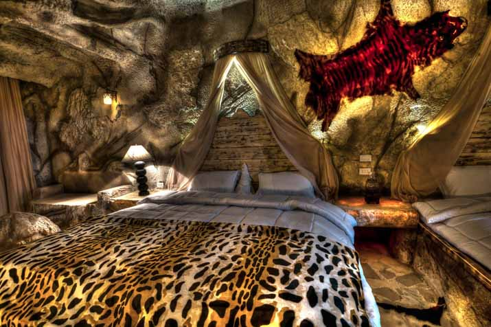 Cheap holidays to caves beach resort hurghada egypt for Design hotel essen