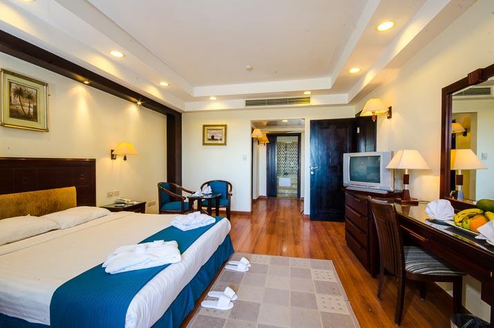 M Resort Cheap Rooms
