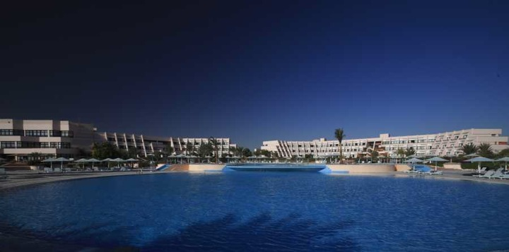 Sonesta Pharoah Beach Hotel, Hurghada - swimming pool
