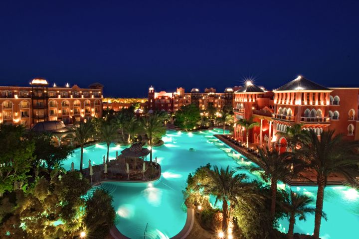 The Grand Resort - by night