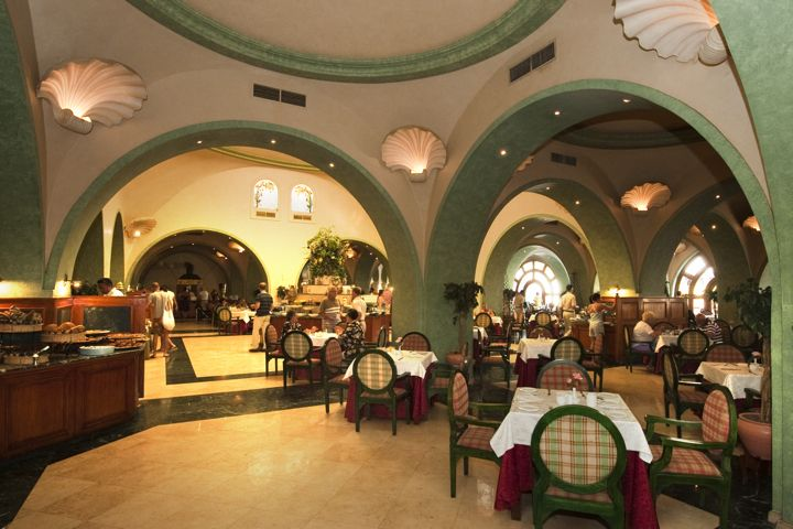 The Grand Resort - restaurant